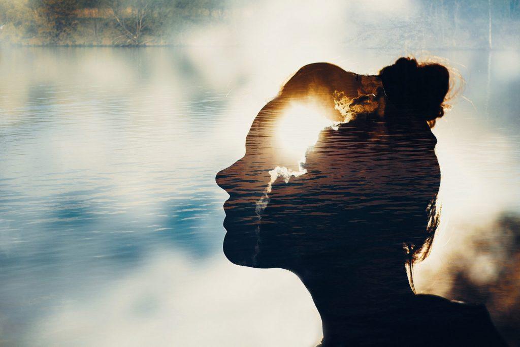 Méditer améliore la concentration et la créativité